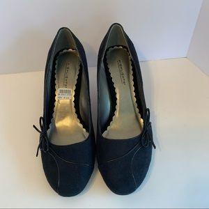 Highlights size 8.5 black heels